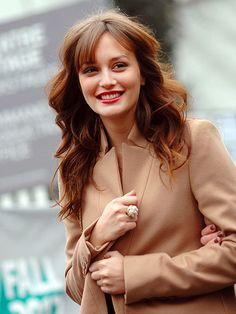 84ce066bd684 Leighton Meester - Jacket + Hair + Ring - Perfect Coiffure Et Beauté,  Cheveux,