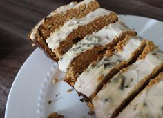 Carrotcake without sugar :-) Healthy Cake, Healthy Cookies, Healthy Treats, Healthy Baking, Tapas Recipes, Pureed Food Recipes, Cake Recipes, Dessert Recipes, Muffins