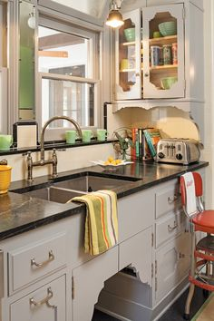 Romancing a Twenties Home - Old-House Online - Old-House Online