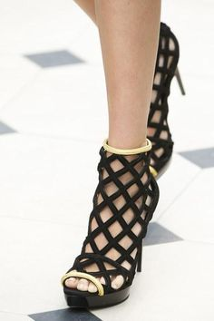 A detailed look at the shoes from Burberry Prorsum's new collection