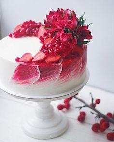 30 Decorating Cake With Fruit - Cake Design Ideas Gorgeous Cakes, Pretty Cakes, Cute Cakes, Amazing Cakes, Beautiful Birthday Cakes, Beautiful Desserts, Food Cakes, Cupcake Cakes, Sweets Cake