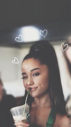 Tapete ♡ Tapete ♡ - Ariana Grande - You are in the right place about dark lips makeup Here we offe Ariana Grande Images, Ariana Grande Photoshoot, Ariana Grande Fotos, Ariana Grande Linda, Ariana Grande Wallpapers, Ariana Grande Real Hair, Ariana Geande, Ariana Grande Background, Look Girl