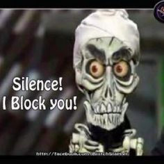 <3 I wish I had an Achmed puppet :)