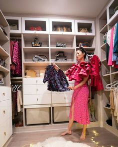 "The transformed closet looks spacious, chic, and functional."" ​ Fashion influencer @tingmystyle was in desperate need of a complete closet overhaul! She wanted a practical solution for her extensive wardrobe that would stylishly display her belongings. Together with @calclosetssd design consultant @cynbindesigns, she created a floor-to-ceiling, walk-in design she adores. #customcloset #homeorganization California Closets, Custom Closets, Design Consultant, Home Organization, Chic, Nashville, Instagram Posts, Ceiling, Floor"