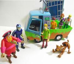 Scooby Doo action figures Mystery Machine Van Ghost play set Shaggy Velma Daphne  | eBay
