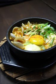 :: Korean Gourmet ::: Hot soft tofu stew / soon-tofu jjigae(순두부찌개)