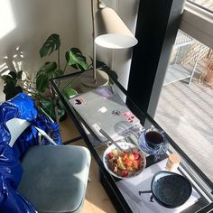 School Tables, Back To Reality, Study Space, A Day In Life, Study Inspiration, Studyblr, Study Motivation, Decoration, Healthy Lifestyle