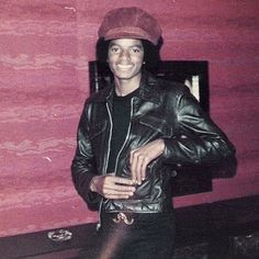 "111 mentions J'aime, 2 commentaires - Michael Jackson (@yourbuttsmine) sur Instagram : ""⤴️ rare random pic of Michael His smile is everything. #michaeljackson #kingofpop #king #famous…"""