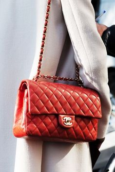 ICON BAG : CHANEL 2.55 TIMELESS. Come riconoscere le autentiche