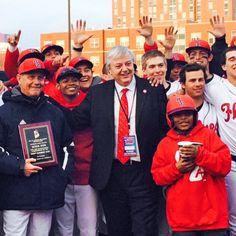 Chancellor Amiridis & baseball team