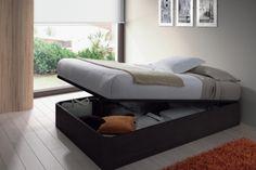 Canapé con somier, 135x190cm, atrapamuebles.com 159€