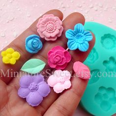 Silicone Mold Flexible Mold (Flower Leaf 9pcs) Kawaii Gumpaste Fondant Cupcake Topper Chocolate Mold Resin Clay Jewelry Scrapbooking MD030