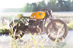 Girl Power: a BMW racer from Unique Custom Cycles | Bike EXIF