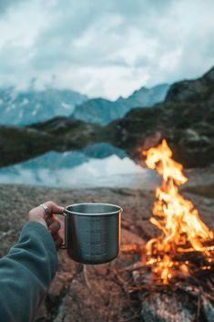 Camping Ideas, Camping Images, Camping Checklist, Camping Life, Family Camping, Camping Hacks, Outdoor Camping, Camping Supplies, Camping Oven