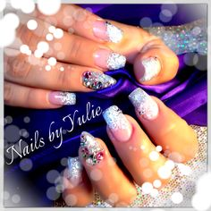 Silver glitter flush... With a little bit of style! Stiletto ring finger with rainbow diamond. DOUBLE POP  elegant look.