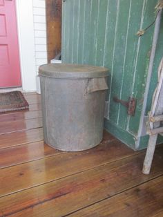 Large Metalware Farmhouse Storage Tin