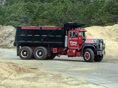 Mack Dump Truck, Old Mack Trucks, Dump Trucks For Sale, Equipment Trailers, Custom Big Rigs, Heavy Truck, Classic Trucks, Heavy Equipment, Vehicles