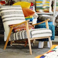 création rouge garance #fauteuilannee50 #annee50 #kilim #lainebrute