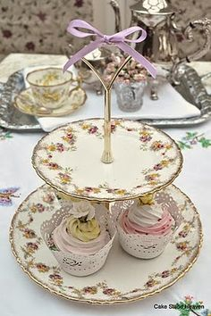 2 tier antique pretty pink cake stand