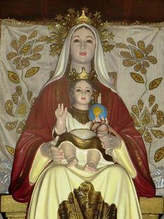 Réplica_de_la_imagen_de_la_Virgen_de_Coromoto._Patrona_de_Venezuela.JPG (600×800)