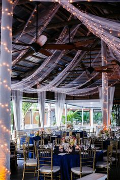 Navy and Gold Beach Side Wedding at Paradise Cove in Orlando Florida - Photo: Sivan Photography - Click pin for more photos www.orangeblossombride.com