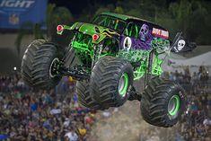 Grave Digger/Trucks | Monster Jam Grave Digger is my FAVORITE ❤