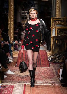 Moschino Autumn/Winter 2016 Fashion Show - See more on www.moschino.com!