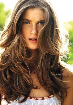 Medium light Brown Hair With Blonde Highlights Pictures Perfect Hair, Great Hair, Easy Summer Hairstyles, Pretty Hairstyles, Hair Day, New Hair, Beachy Hair, Brown Hair With Highlights, Natural Highlights