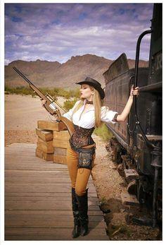 Wild West Steampunk (western america cowgirl/cowboy aka weird west) - For costume tutorials, clothing guide, fashion inspiration photo gallery, calendar of Steampunk events, Costume Steampunk, Mode Steampunk, Gothic Steampunk, Steampunk Clothing, Steampunk Fashion, Sexy Cowgirl, Cowgirl Costume For Women, Gypsy Cowgirl, Western Cowboy
