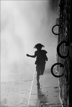 Paris Plage by Sally Kamille Liversage http://www.designerterminal.com/inspiration/photography/magnificent-silhouette-photography-gallery.html