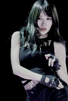 exceed_in_dreaming : Photo South Korean Girls, Korean Girl Groups, Ahn Hani, Cool Hairstyles, Asian Hairstyles, These Girls, Ulzzang Girl, Asian Woman, Kpop Girls