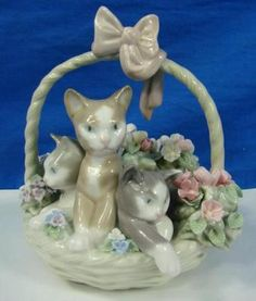 Vintage  Retired Porcelain Lladro Figurine PURR-FECT Cats In A Basket D 11 M