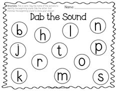 Students select picture card and then use a bingo dabber to dab the beginning sound.Beginning sound bingo dabber FREEBIE! Students select picture card and then use a bingo dabber to dab the beginning sound. Letter Sound Activities, Letter Activities, Literacy Activities, Reading Activities, Letter Sound Games, Word Study, Word Work, Kindergarten Literacy, Early Literacy