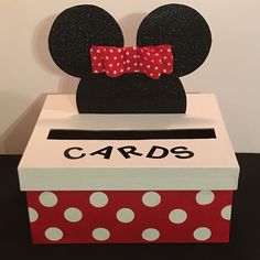 For a limited time, out Mickey and Minnie Mouse Card Boxes are off! ALSO, a Minnie Mouse box will come with a matching hair bow upon request (please send a message with you order). Boxes can also be customized with a name 8 letters or less. Festa Mickey Baby, Mickey And Minnie Wedding, Minnie Mouse First Birthday, Mickey Mouse Clubhouse Party, Minnie Mouse Theme, Mickey Birthday, 2 Birthday, Mickey Mouse Baby Shower, Valentine Day Boxes