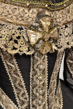 Movie Costumes - Lace detail