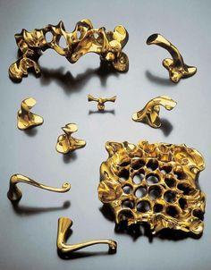 GAUDÍ | Ironmongery for door by @B D Barcelona Design | #design Antoni #Gaudí #metallic