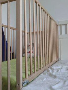 Sidecar crib with closing side