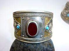 Vintage Turkmen Sterling Silver Tribal Armreif von neemaheTribal