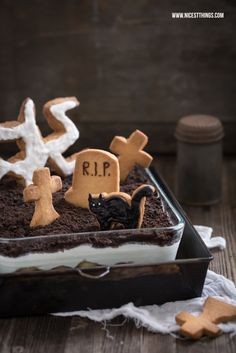 Halloween Graveyard Dessert With Tombstone Cookies