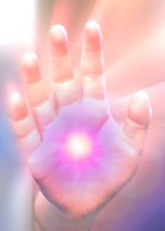 Some of the great benefits of a reiki self treatment session are improved sleep, reduced stress, pain management and increased health and energy. Healing Hands, Self Healing, Chakras, Força Interior, Le Reiki, Sending Love And Light, Mudras, Self Treatment, Reiki Energy