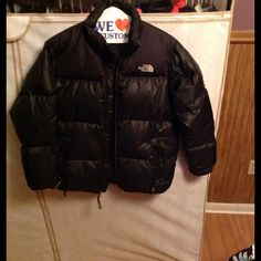 Boys North Face Winter Coat Very warm Boys winter coat. Worn multiple times, in great condition. North Face Jackets & Coats Puffers
