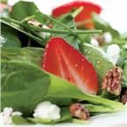 Green Salad with Strawberries & Goat Cheese from Market Street WT