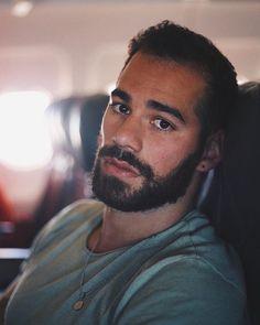 Beautiful Men Faces, Gorgeous Men, Hairy Men, Bearded Men, Men Beard, Bart Styles, Beard Growth Oil, Awesome Beards, Handsome Faces