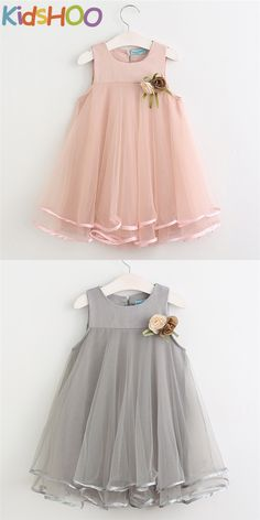 Cute dress design, fashion ,cute and cut on your little princess. Baby Girl Frocks, Baby Girl Party Dresses, Frocks For Girls, Gowns For Girls, Toddler Girl Dresses, Little Girl Dresses, Girls Dresses, Dress Party, Party Dresses For Kids