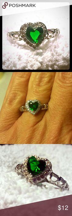Heart shaped emerald cz, size 7 Heart cut Emerald CZ Ring Jewelry Rings