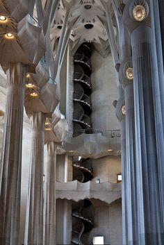 Escaleras caracol sagrada familia escalera caracol escalera de caracol y la sagrada familia - Escaleras de caracol barcelona ...