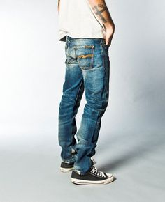 Perfect example of how men should wear jeans. Slightly low on waist and  fitted. 027f2713f0e90