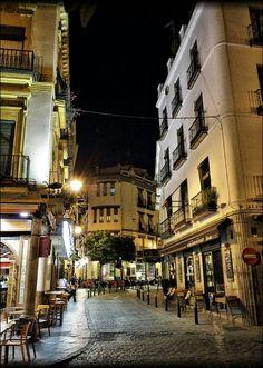 Sevilla de noche.