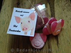 Bedankt namens het feestvarken, originele en betaalbare bedankjes via www.BedankjesvanNu.nl