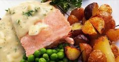 Is eating salmon and peas on the Fourth of July part of your family's Independence Day tradition? Here's a favorite classic salmon and peas recipe. Pea Recipes, Salmon Recipes, Seafood Recipes, Healthy Recipes, Seafood Dinner, Fish And Seafood, Fish Friday, Fourth Of July Food, Fish Dishes